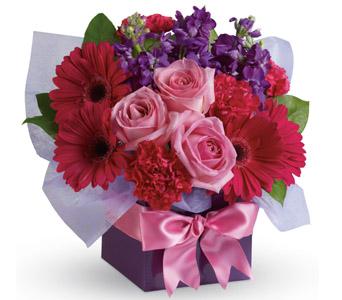 Simply Stunning - International - Interstate - Flowers R Us