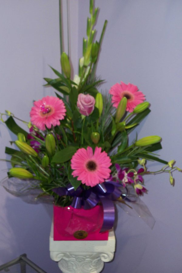 Fresh Pink Box Arrangement - Fresh Flowers - Flowers R Us