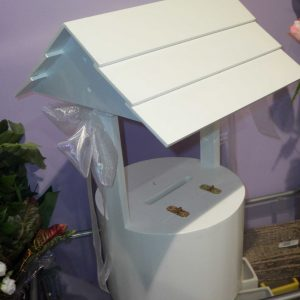 Wedding White Wishing Well For Hire - Wedding Hire - Flowers R Us